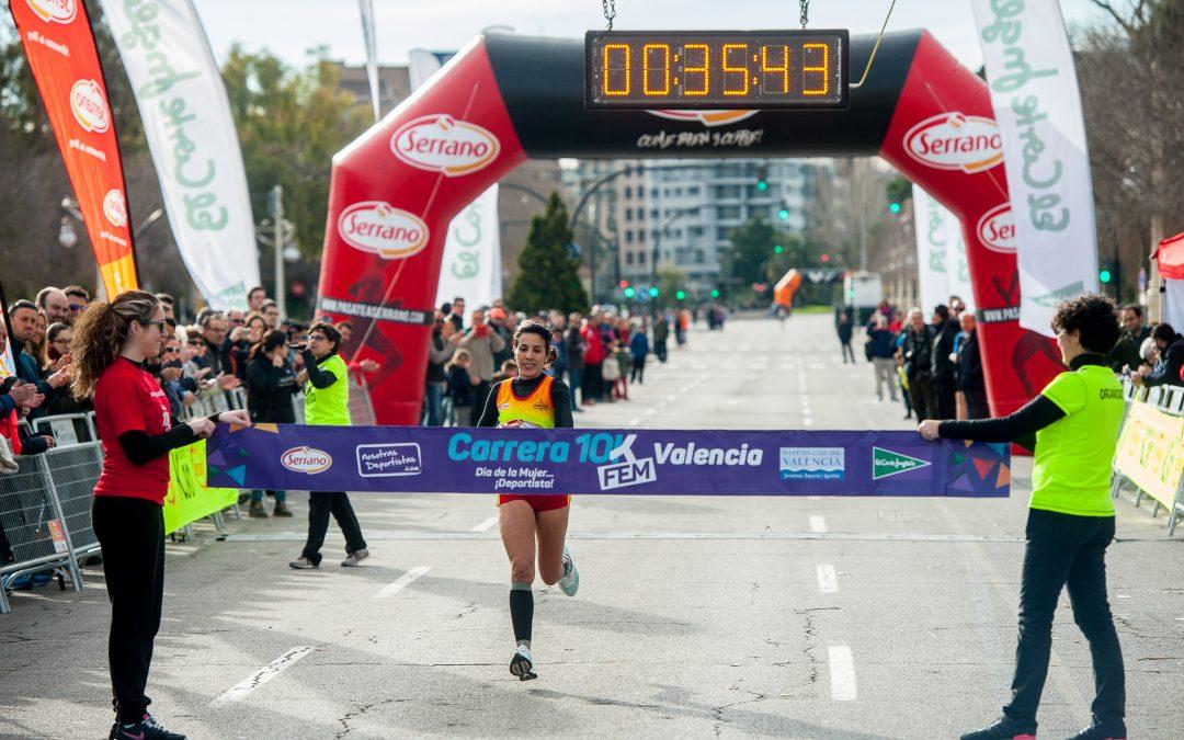 Fátima Ayachi se corona en la tercera edición de la Carrera 10K Fem